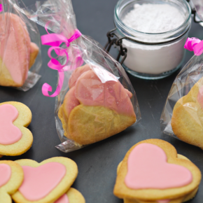 Strawberry Shortbread Hearts